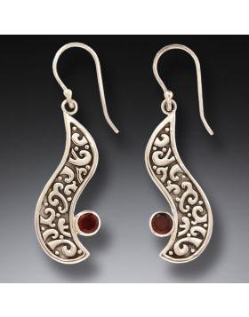 Handmade Garnet Silver Earrings - Heart's Desire