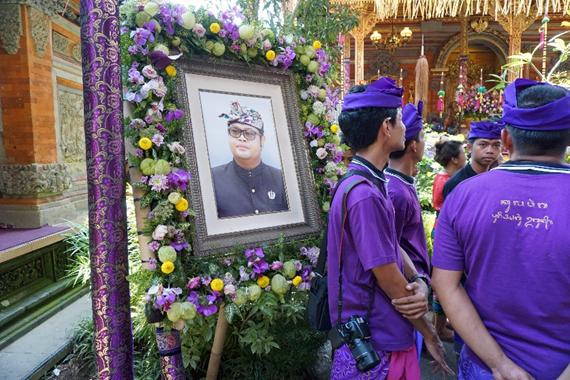 Cokorda Putra Widura funeral, Zealandia Designs